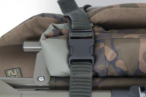 Fox R1 Compact Camo Bedchair 9